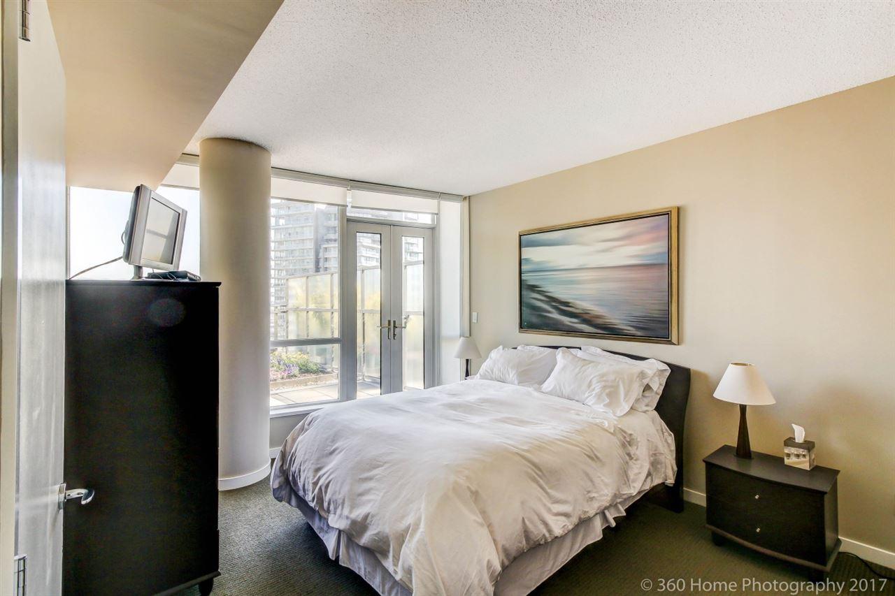 Condo Apartment at 3706 833 SEYMOUR STREET, Unit 3706, Vancouver West, British Columbia. Image 12