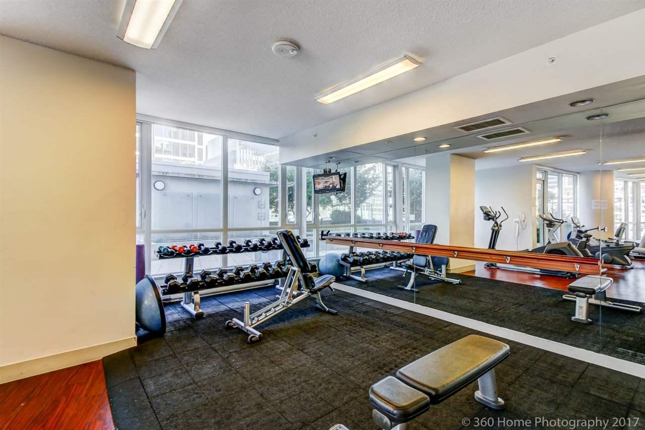 Condo Apartment at 3706 833 SEYMOUR STREET, Unit 3706, Vancouver West, British Columbia. Image 19