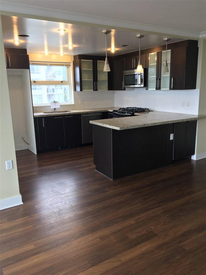 Condo Apartment at 1203 121 W 16TH STREET, Unit 1203, North Vancouver, British Columbia. Image 3
