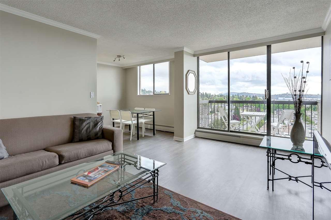 Condo Apartment at 1507 145 ST. GEORGES AVENUE, Unit 1507, North Vancouver, British Columbia. Image 4