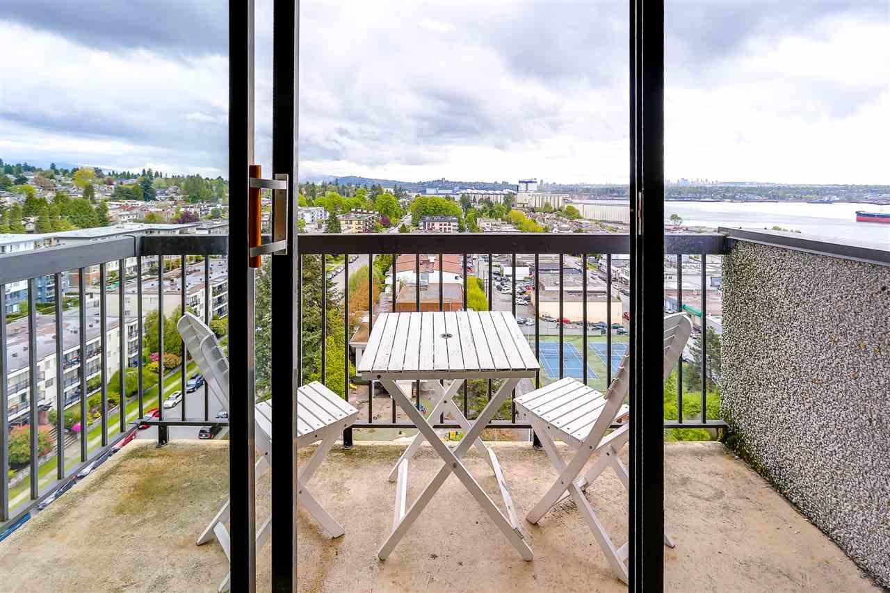 Condo Apartment at 1507 145 ST. GEORGES AVENUE, Unit 1507, North Vancouver, British Columbia. Image 5