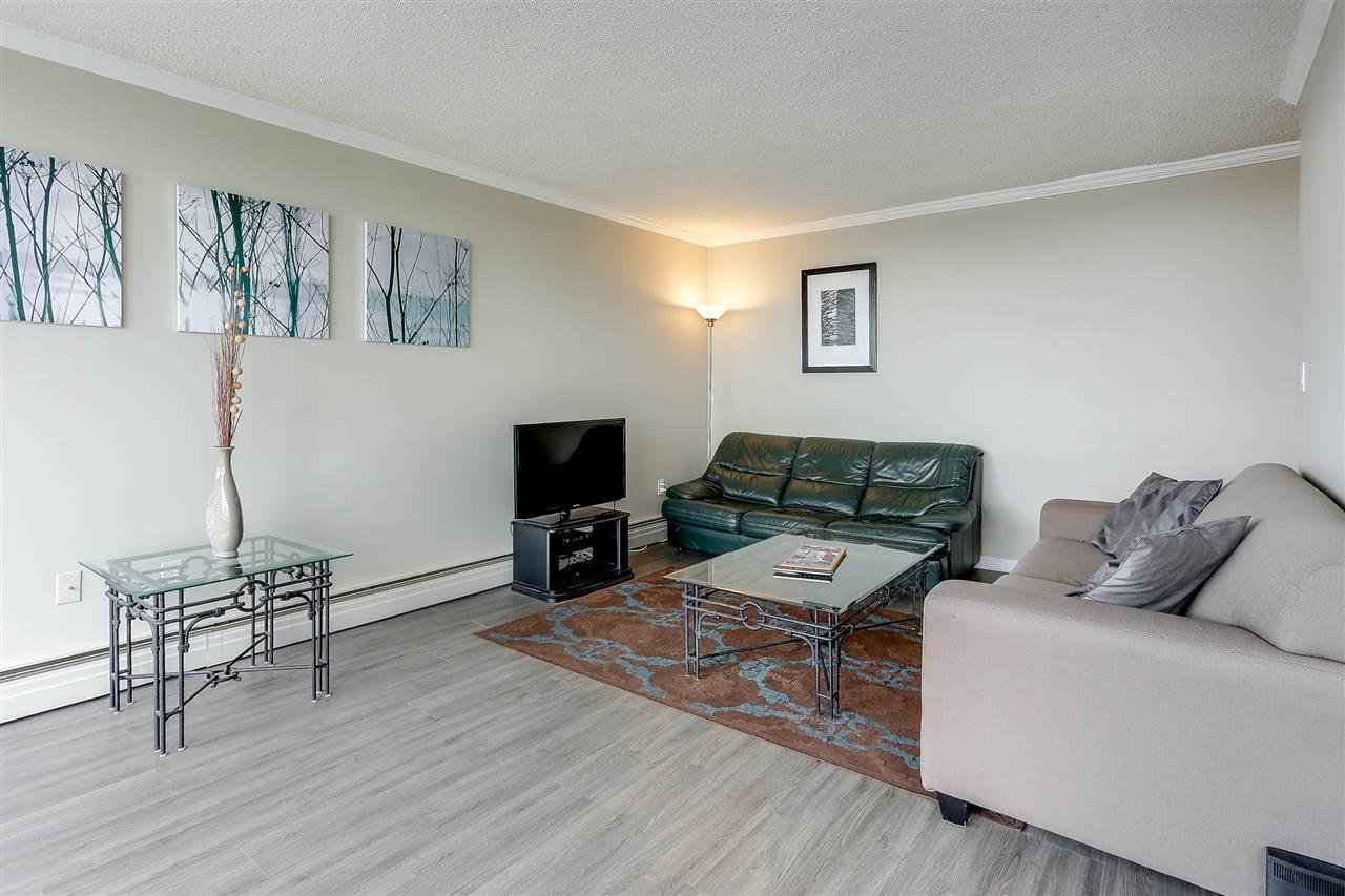 Condo Apartment at 1507 145 ST. GEORGES AVENUE, Unit 1507, North Vancouver, British Columbia. Image 10