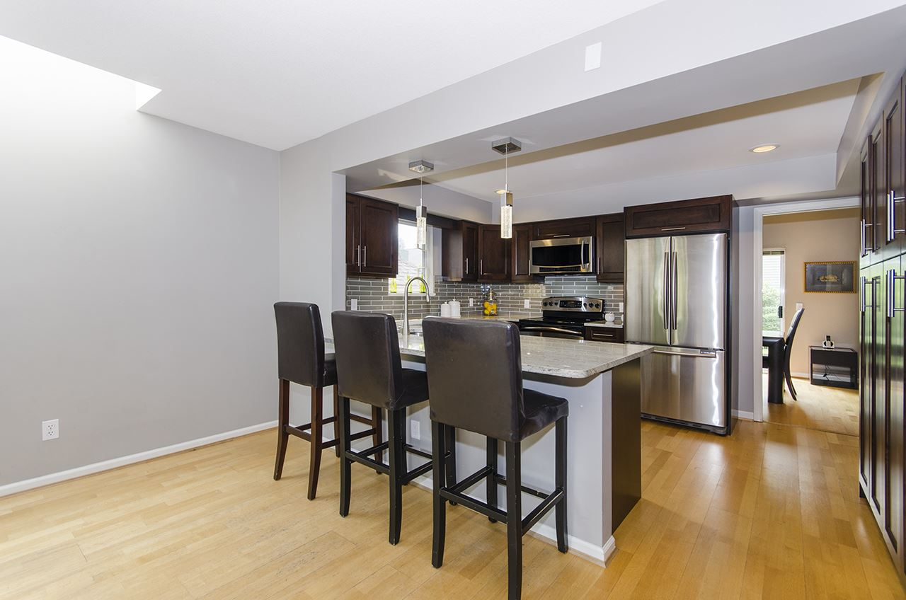 Townhouse at 27 1001 NORTHLANDS DRIVE, Unit 27, North Vancouver, British Columbia. Image 5