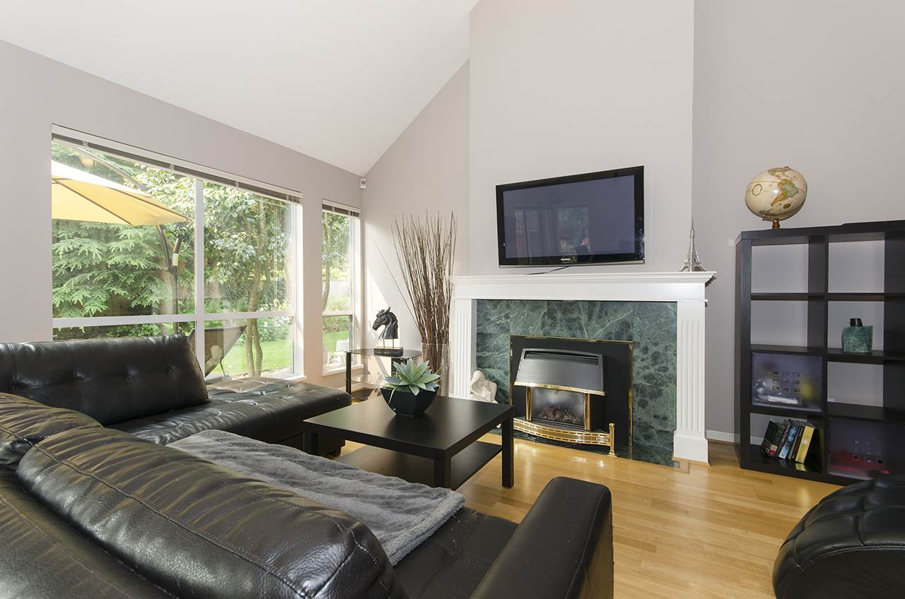 Townhouse at 27 1001 NORTHLANDS DRIVE, Unit 27, North Vancouver, British Columbia. Image 7
