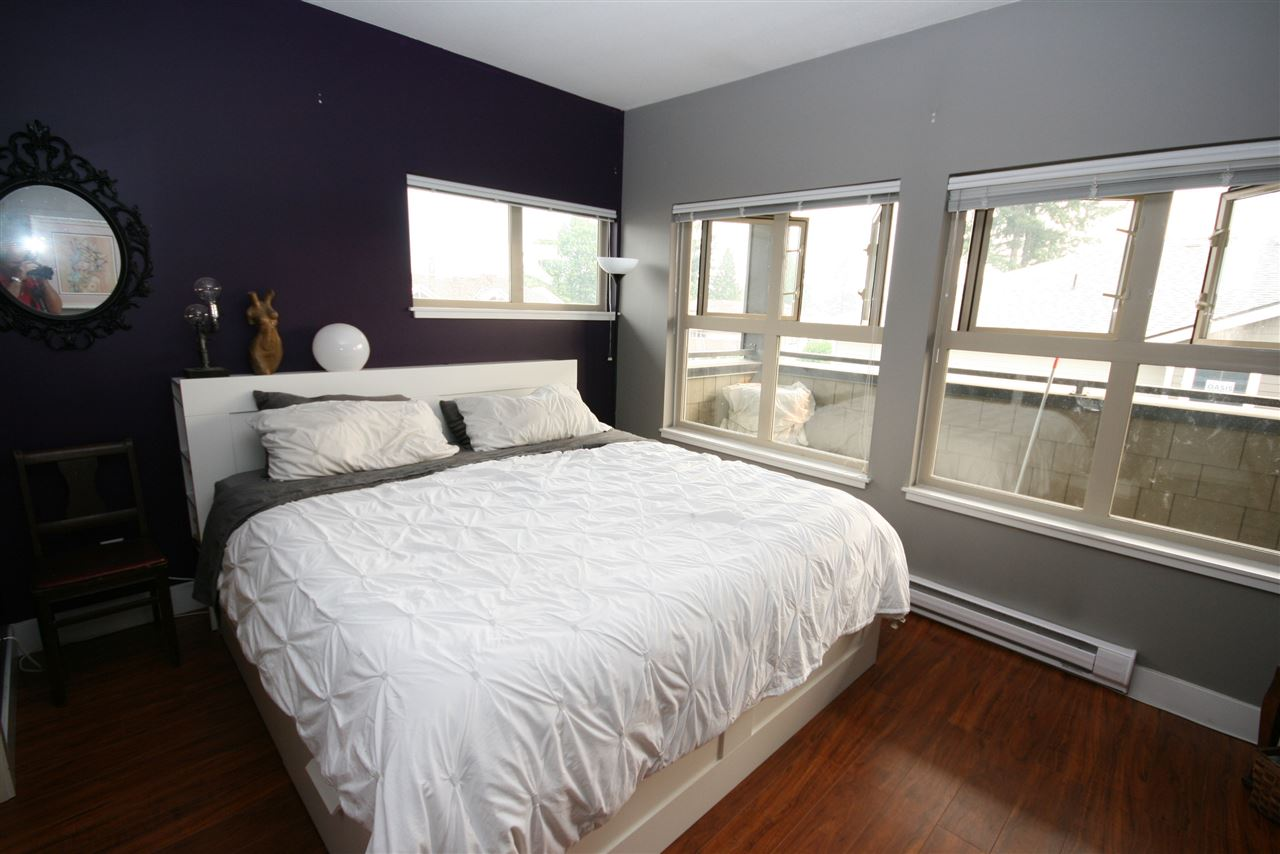 Condo Apartment at 403 1988 SUFFOLK AVENUE, Unit 403, Port Coquitlam, British Columbia. Image 11