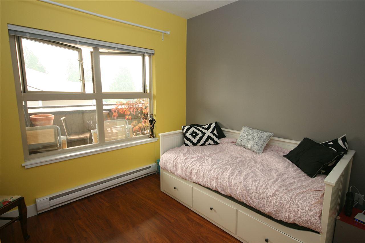 Condo Apartment at 403 1988 SUFFOLK AVENUE, Unit 403, Port Coquitlam, British Columbia. Image 14