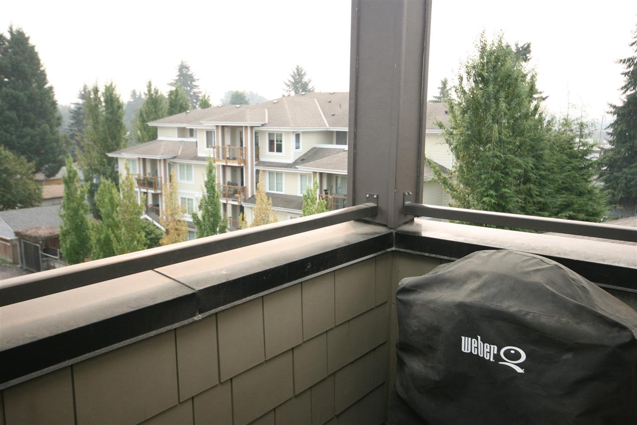 Condo Apartment at 403 1988 SUFFOLK AVENUE, Unit 403, Port Coquitlam, British Columbia. Image 16