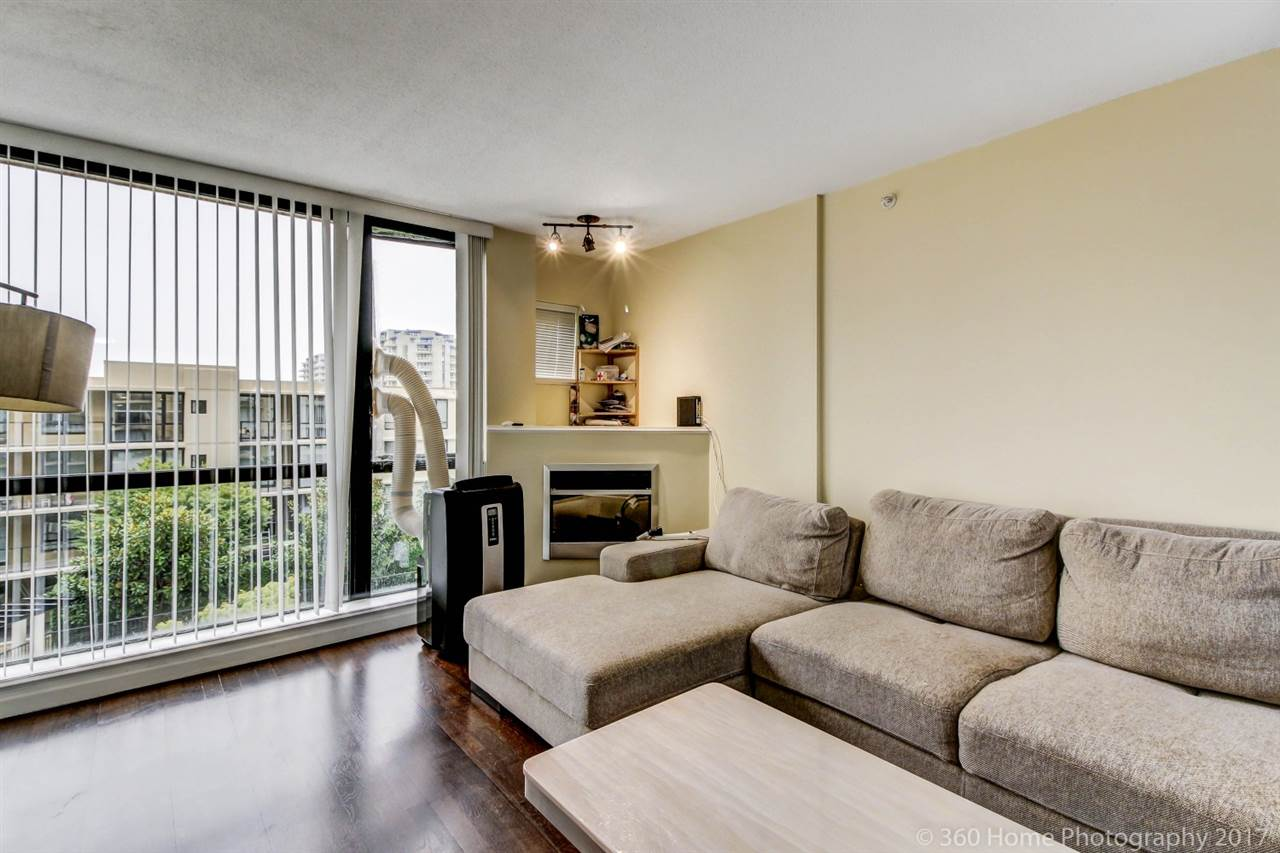 Condo Apartment at 807 7831 WESTMINSTER HIGHWAY, Unit 807, Richmond, British Columbia. Image 3