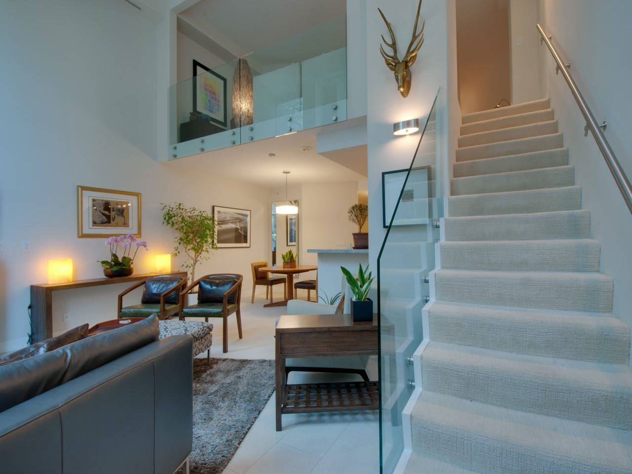 Townhouse at 621 JERVIS STREET, Vancouver West, British Columbia. Image 3