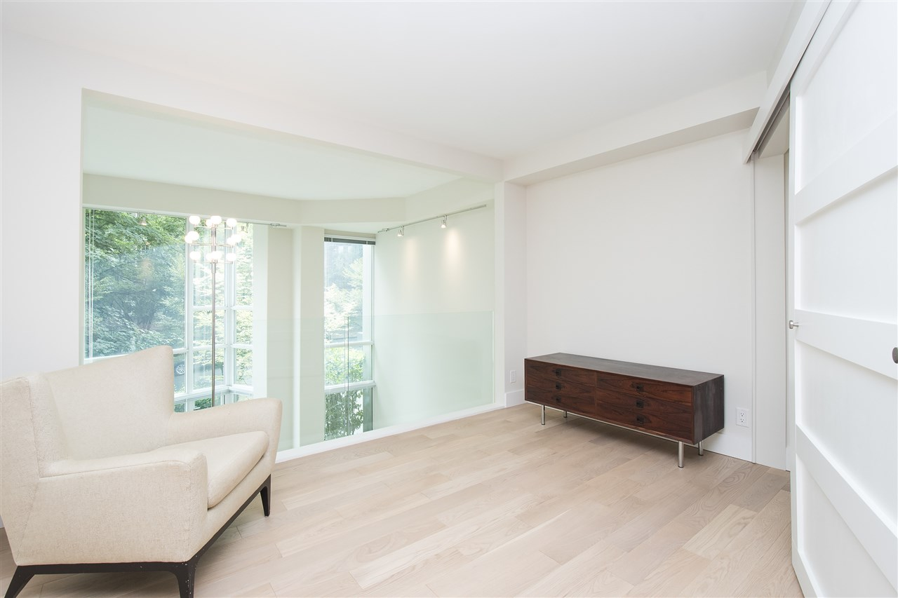 Townhouse at 621 JERVIS STREET, Vancouver West, British Columbia. Image 12