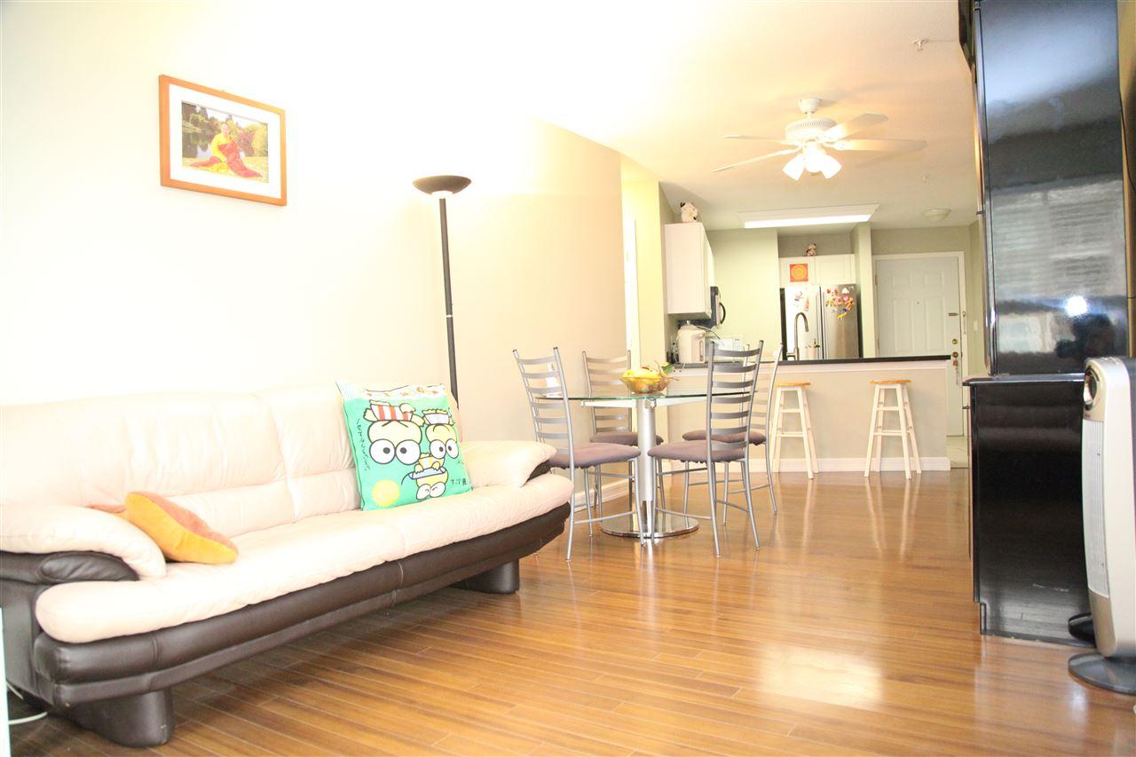 Condo Apartment at 232 5880 DOVER CRESCENT, Unit 232, Richmond, British Columbia. Image 5
