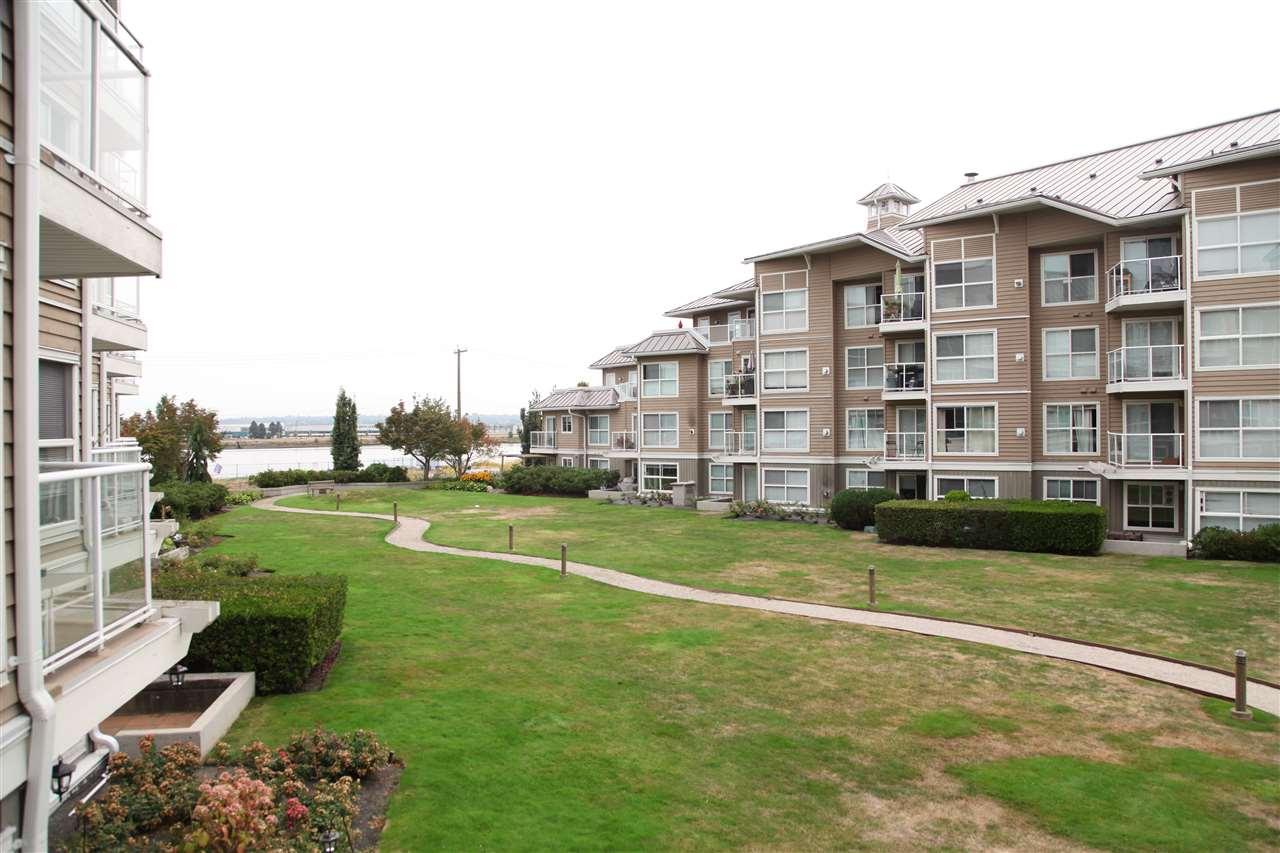 Condo Apartment at 232 5880 DOVER CRESCENT, Unit 232, Richmond, British Columbia. Image 14