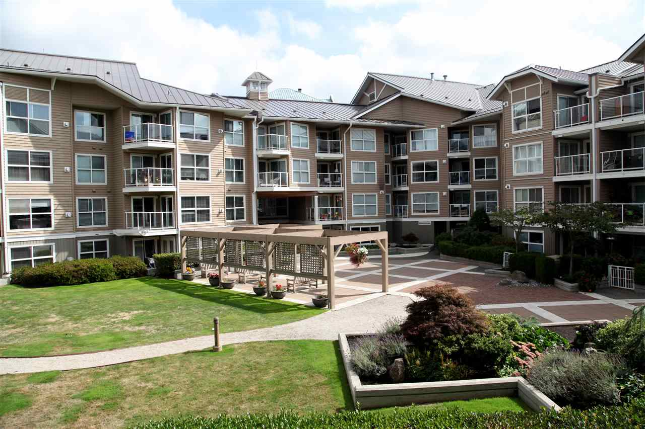 Condo Apartment at 232 5880 DOVER CRESCENT, Unit 232, Richmond, British Columbia. Image 15