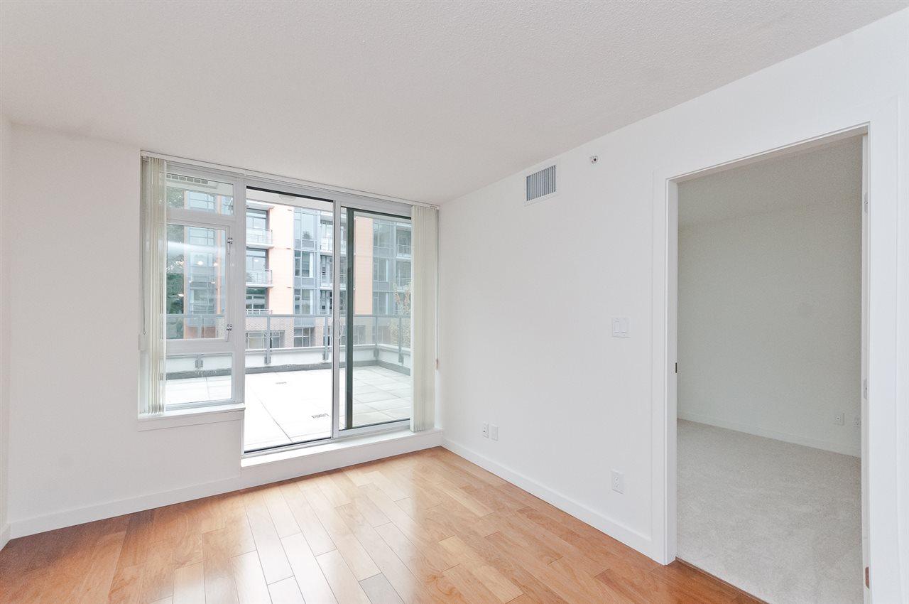 Condo Apartment at 304 2507 MAPLE STREET, Unit 304, Vancouver West, British Columbia. Image 4