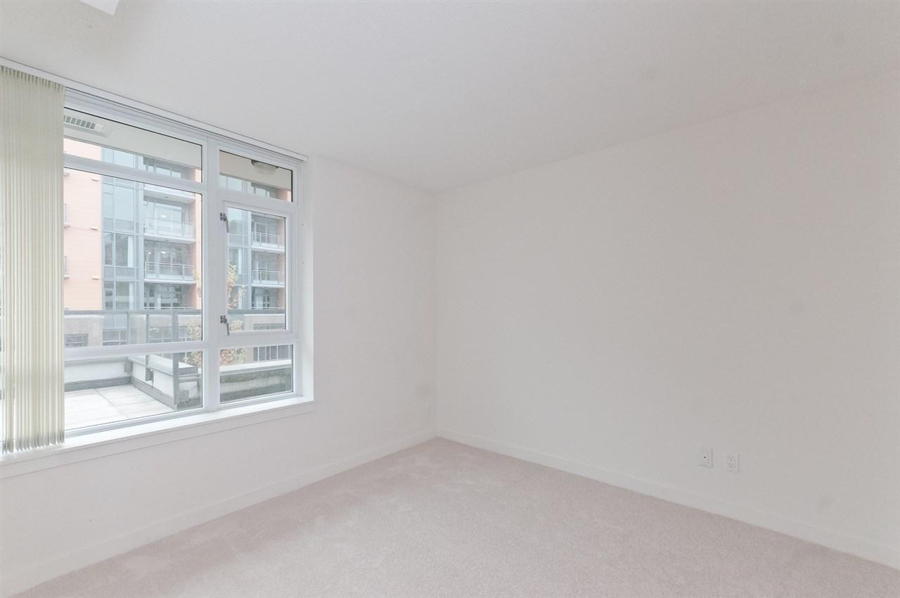 Condo Apartment at 304 2507 MAPLE STREET, Unit 304, Vancouver West, British Columbia. Image 5