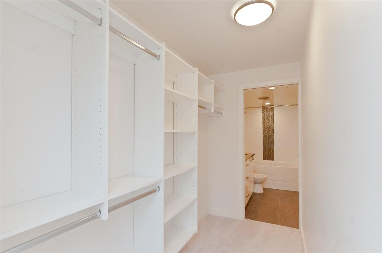 Condo Apartment at 304 2507 MAPLE STREET, Unit 304, Vancouver West, British Columbia. Image 6