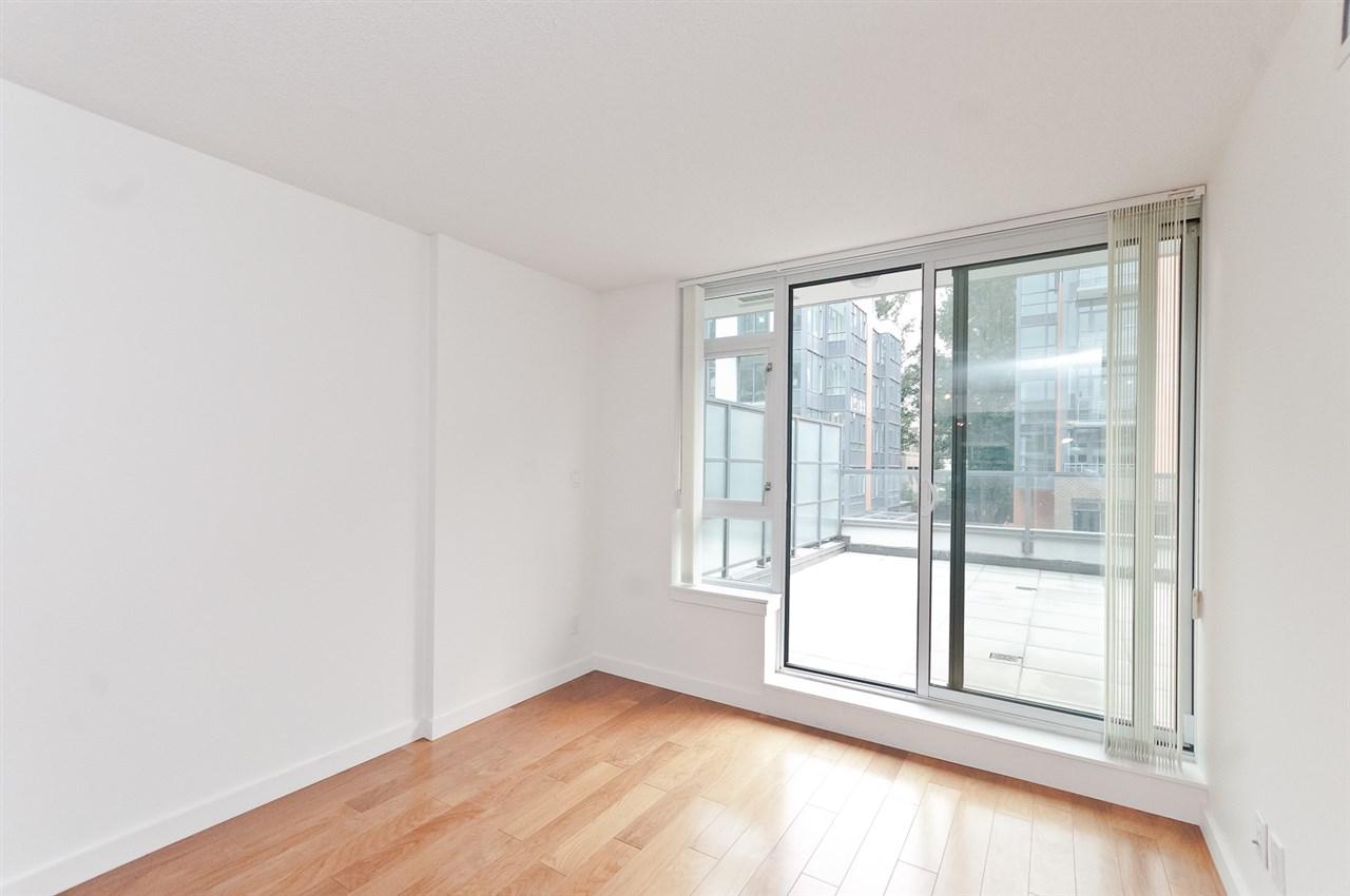 Condo Apartment at 304 2507 MAPLE STREET, Unit 304, Vancouver West, British Columbia. Image 14