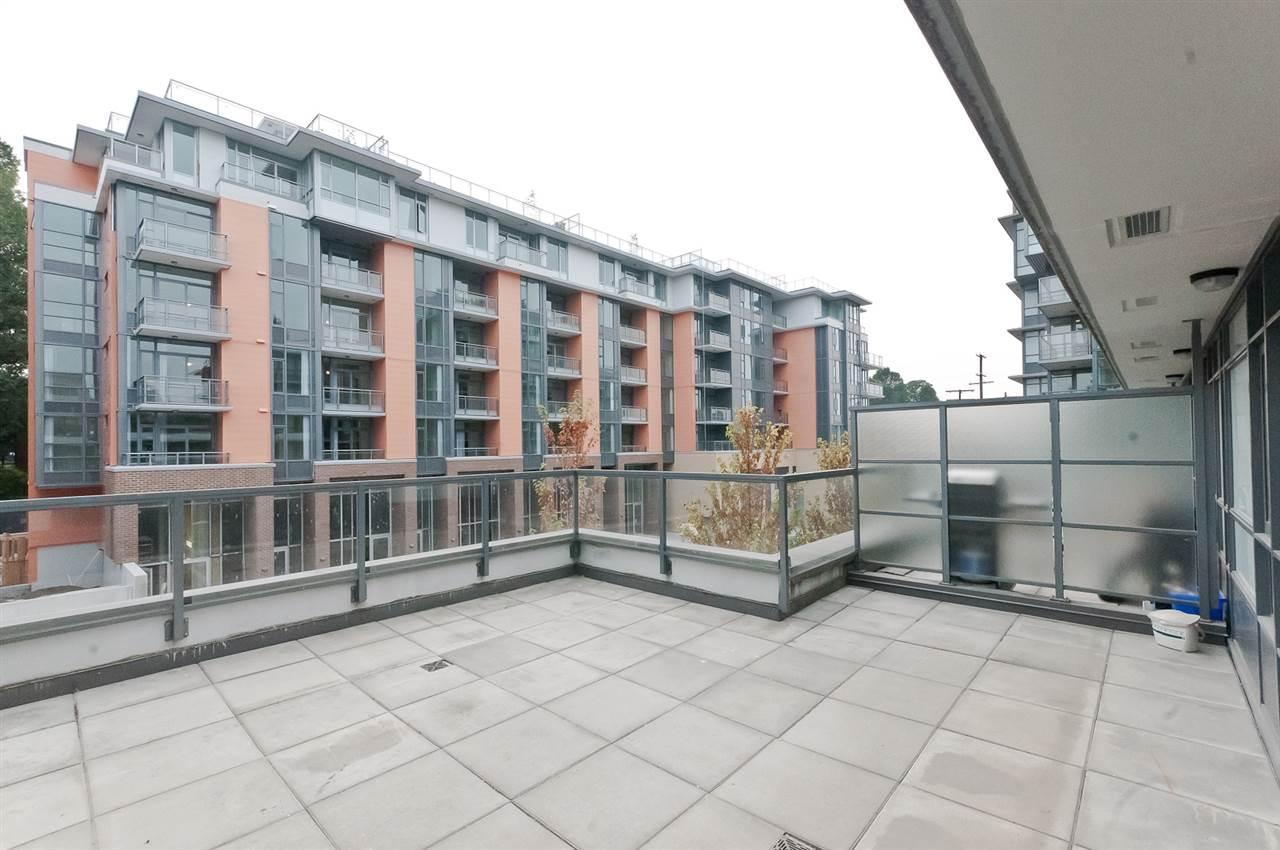 Condo Apartment at 304 2507 MAPLE STREET, Unit 304, Vancouver West, British Columbia. Image 19