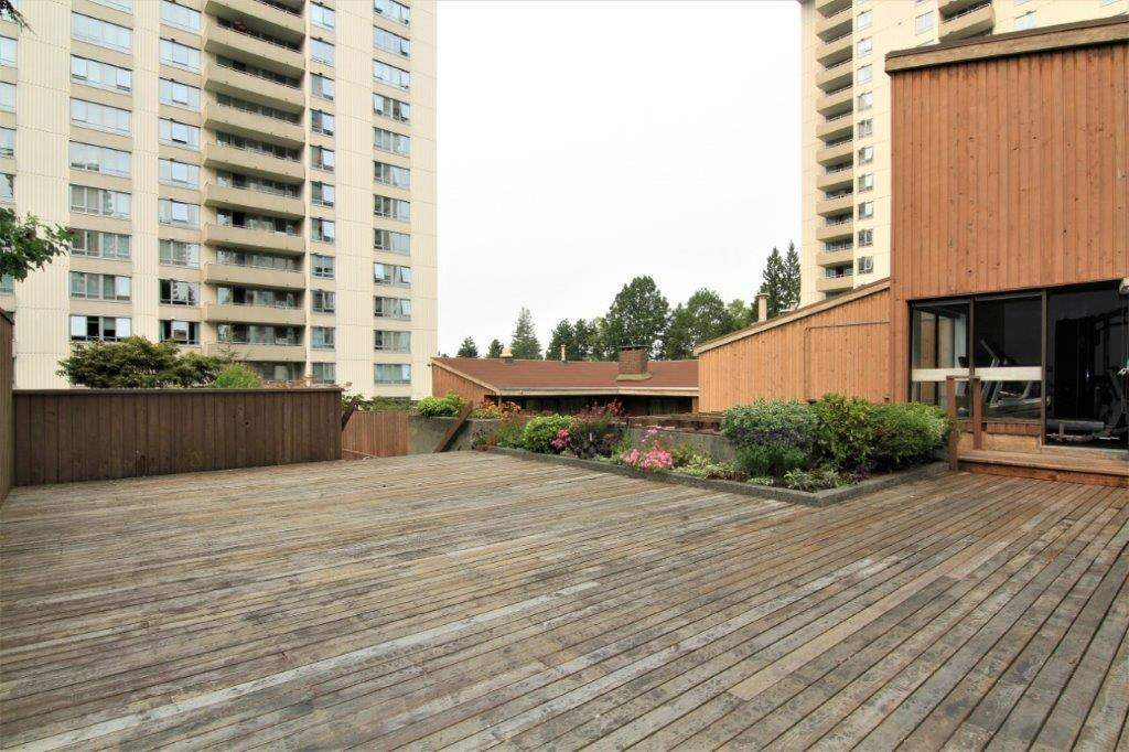 Condo Apartment at 501 5652 PATTERSON AVENUE, Unit 501, Burnaby South, British Columbia. Image 16