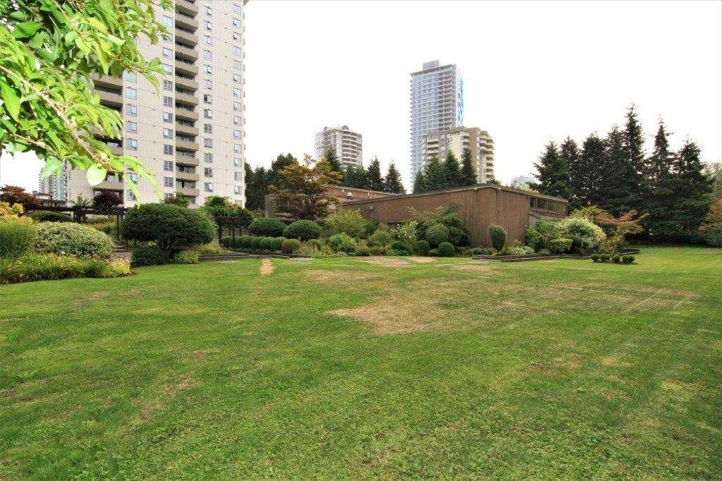 Condo Apartment at 501 5652 PATTERSON AVENUE, Unit 501, Burnaby South, British Columbia. Image 19