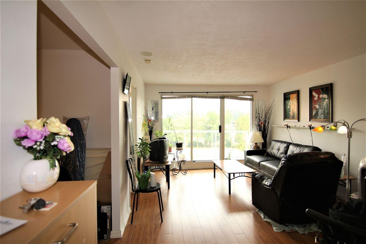 Condo Apartment at 608 10523 UNIVERSITY DRIVE, Unit 608, North Surrey, British Columbia. Image 2