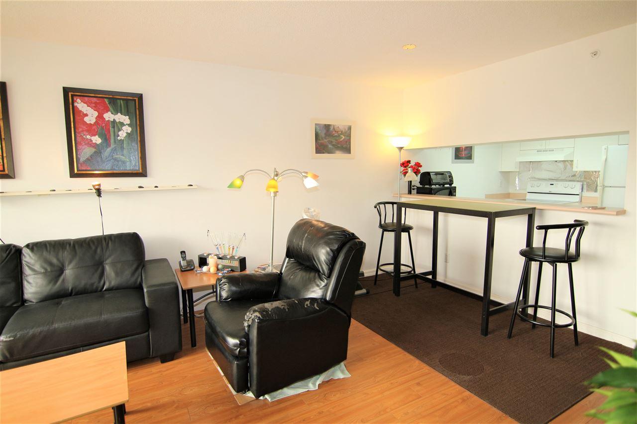 Condo Apartment at 608 10523 UNIVERSITY DRIVE, Unit 608, North Surrey, British Columbia. Image 5