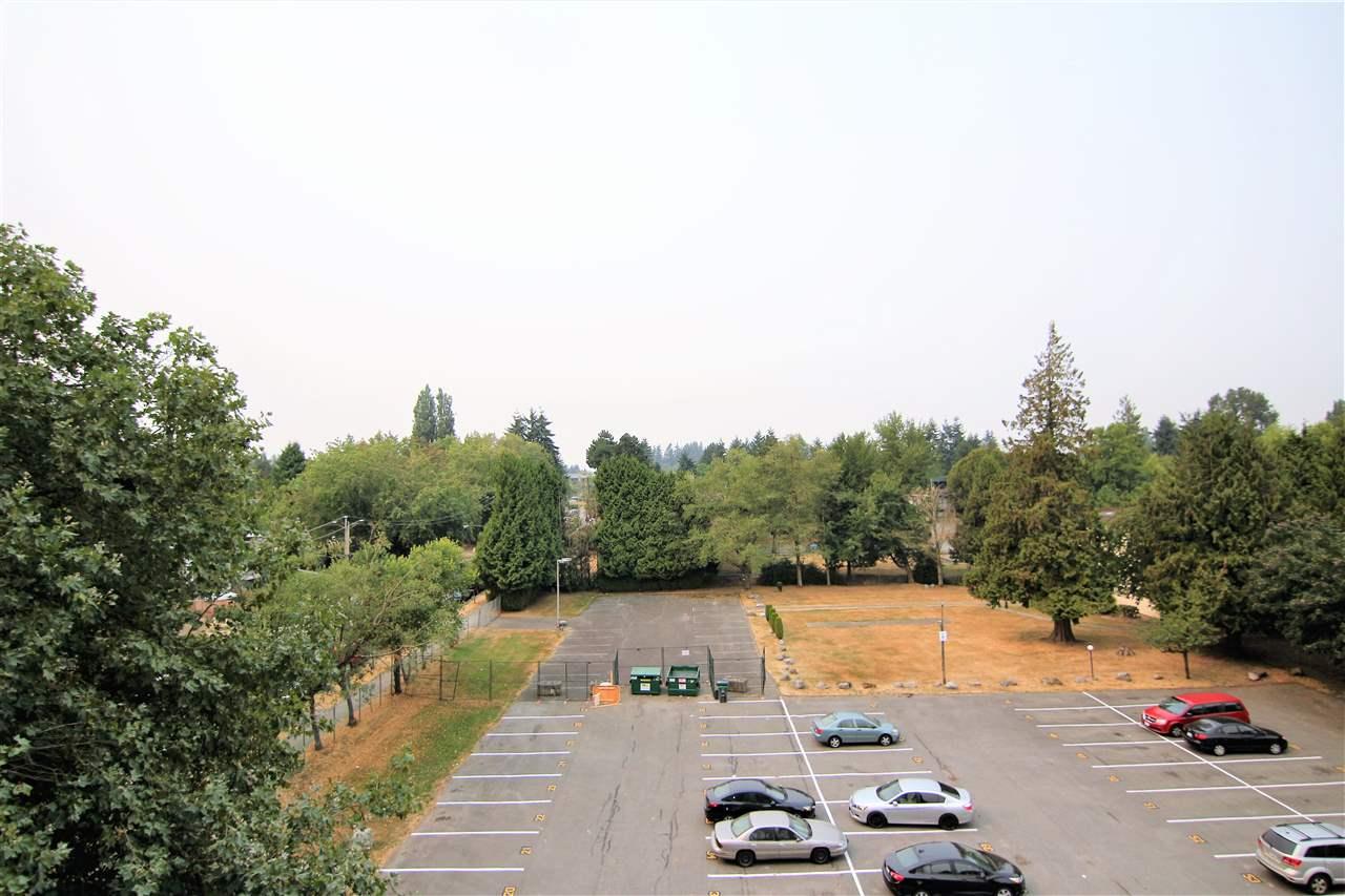 Condo Apartment at 608 10523 UNIVERSITY DRIVE, Unit 608, North Surrey, British Columbia. Image 12