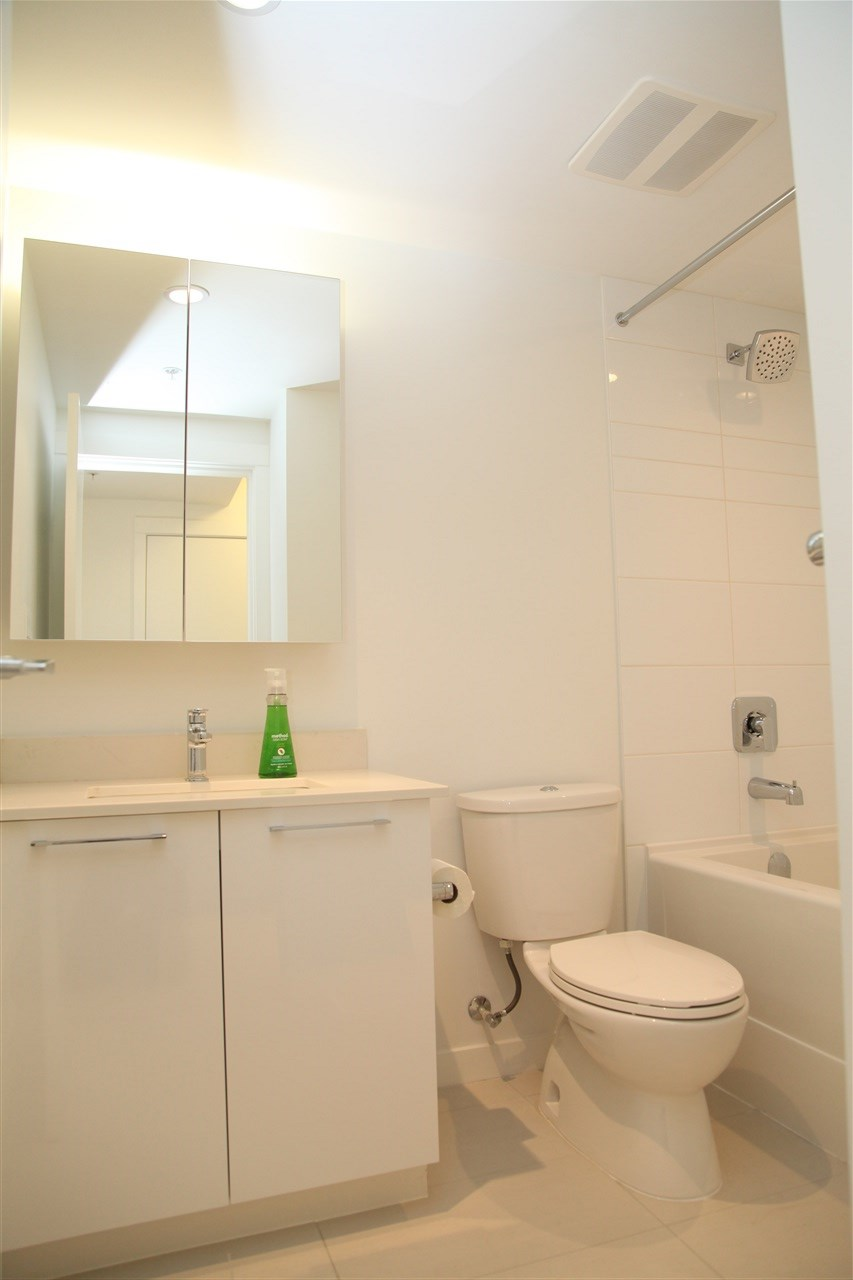 Condo Apartment at 509 5619 CEDARBRIDGE WAY, Unit 509, Richmond, British Columbia. Image 15