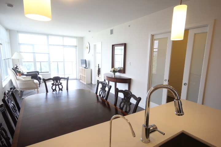 Condo Apartment at 2002 3080 LINCOLN AVENUE, Unit 2002, Coquitlam, British Columbia. Image 3