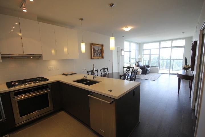 Condo Apartment at 2002 3080 LINCOLN AVENUE, Unit 2002, Coquitlam, British Columbia. Image 4