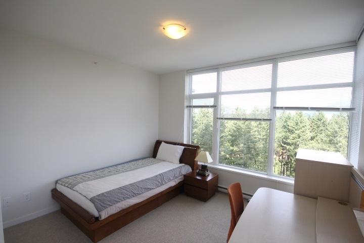 Condo Apartment at 2002 3080 LINCOLN AVENUE, Unit 2002, Coquitlam, British Columbia. Image 10