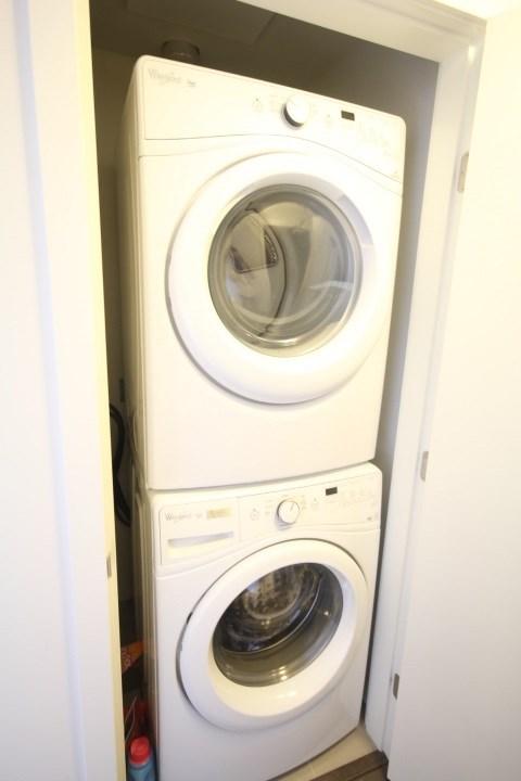 Condo Apartment at 2002 3080 LINCOLN AVENUE, Unit 2002, Coquitlam, British Columbia. Image 13