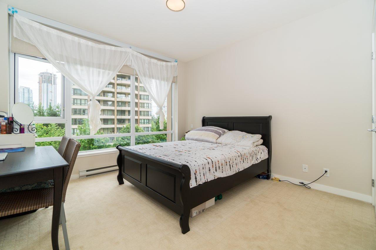 Condo Apartment at 405 6188 WILSON AVENUE, Unit 405, Burnaby South, British Columbia. Image 15