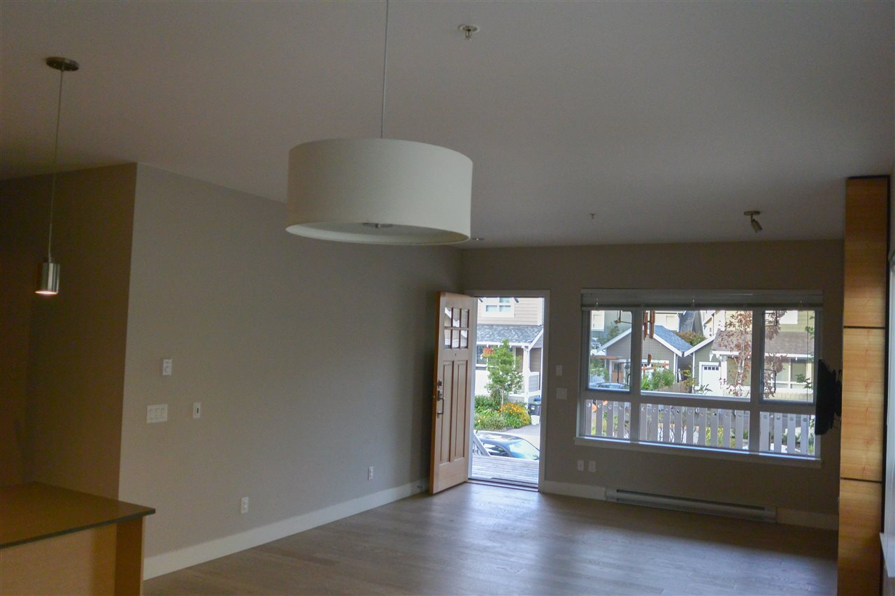 Townhouse at 230 CAMATA STREET, New Westminster, British Columbia. Image 12