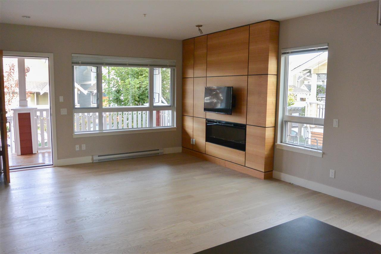 Townhouse at 230 CAMATA STREET, New Westminster, British Columbia. Image 20