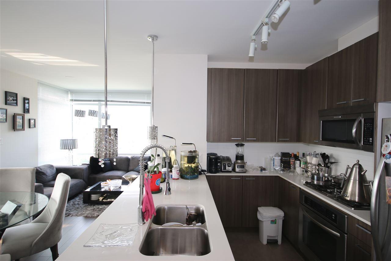 Condo Apartment at 3009 2955 ATLANTIC AVENUE, Unit 3009, Coquitlam, British Columbia. Image 2