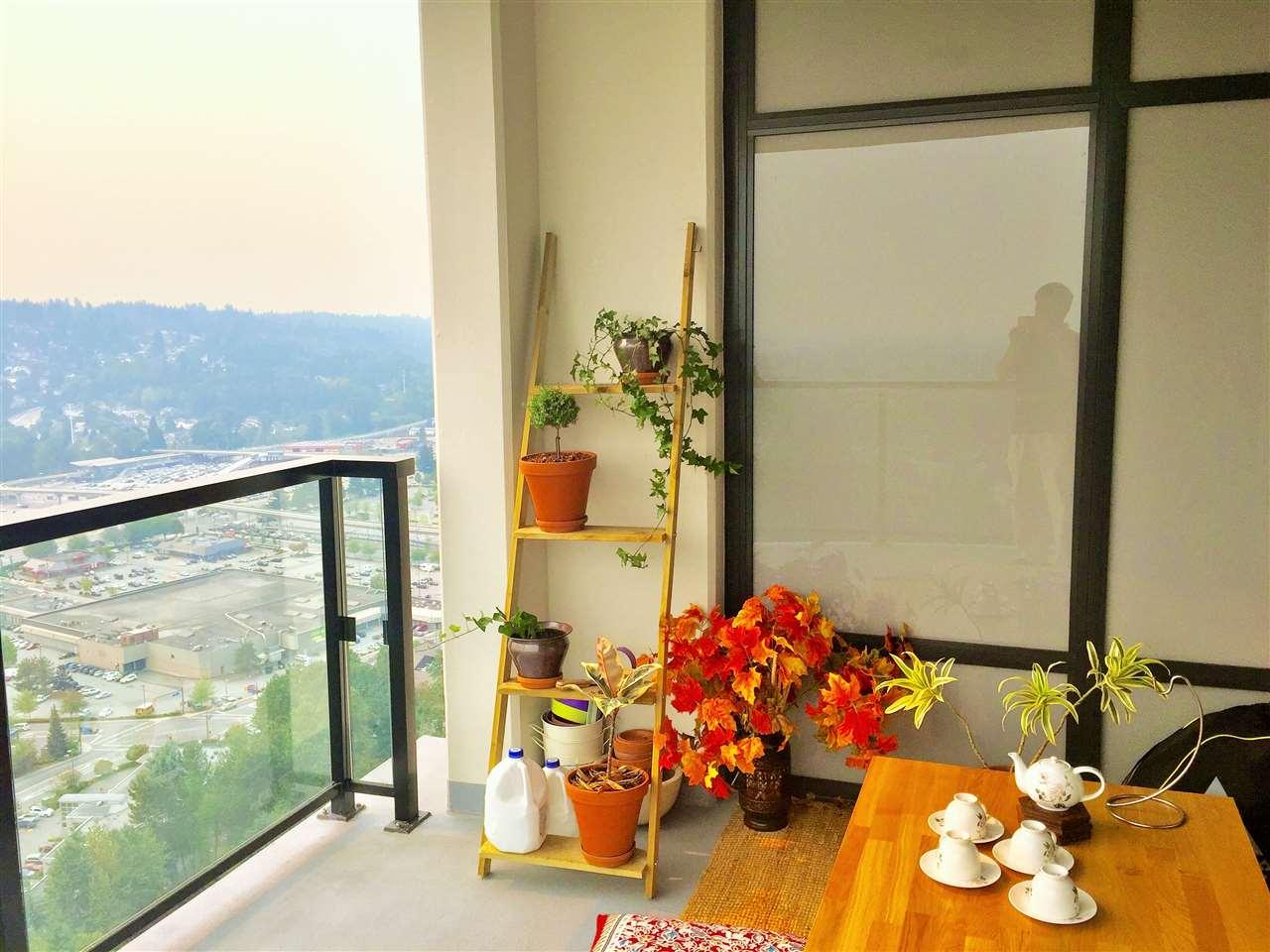 Condo Apartment at 3904 3080 LINCOLN AVENUE, Unit 3904, Coquitlam, British Columbia. Image 6