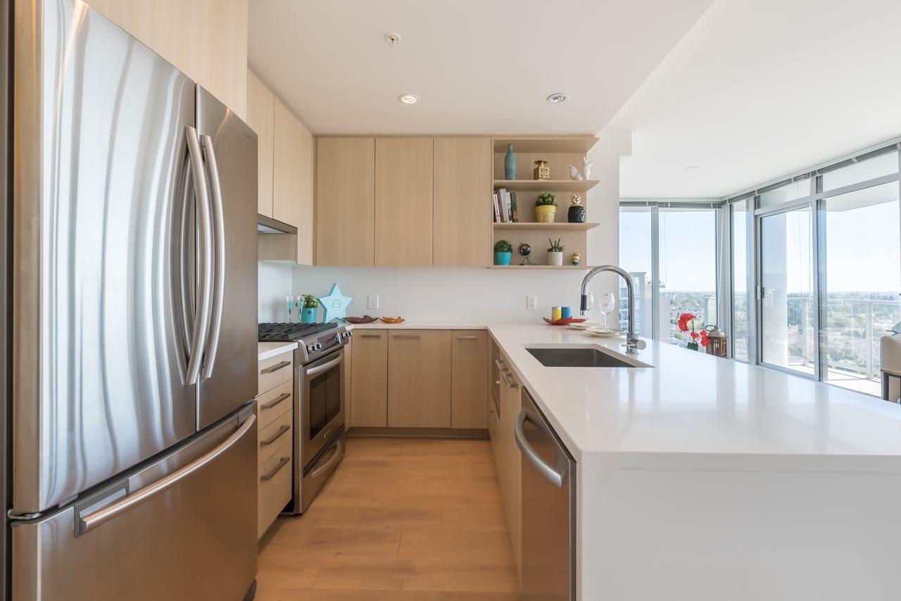 Condo Apartment at 1902 8288 GRANVILLE AVENUE, Unit 1902, Richmond, British Columbia. Image 3