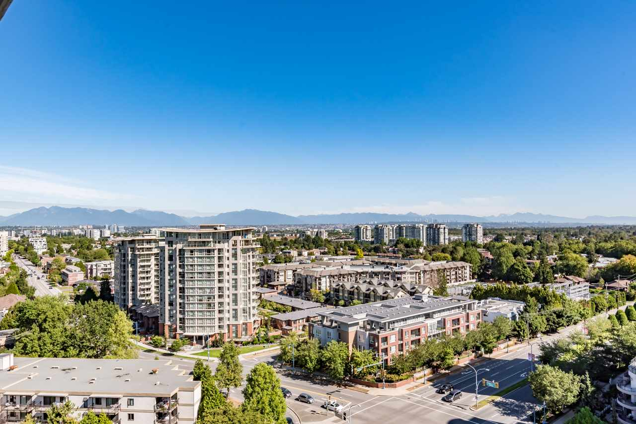 Condo Apartment at 1902 8288 GRANVILLE AVENUE, Unit 1902, Richmond, British Columbia. Image 19