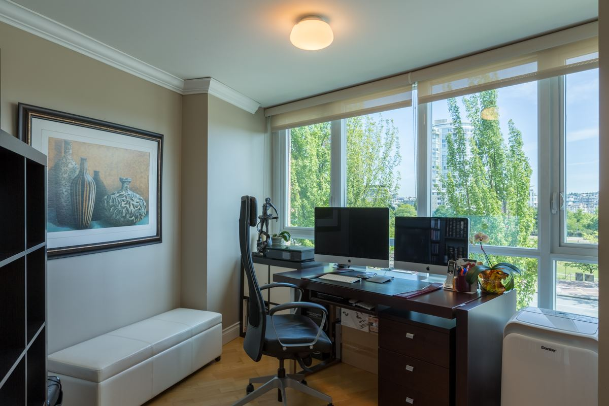 Condo Apartment at 303 388 DRAKE STREET, Unit 303, Vancouver West, British Columbia. Image 8