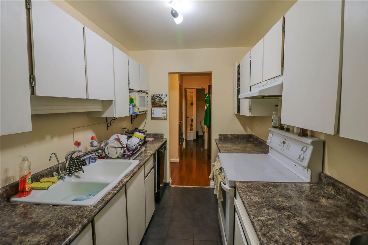 Condo Apartment at 313 14925 100 AVENUE, Unit 313, North Surrey, British Columbia. Image 2
