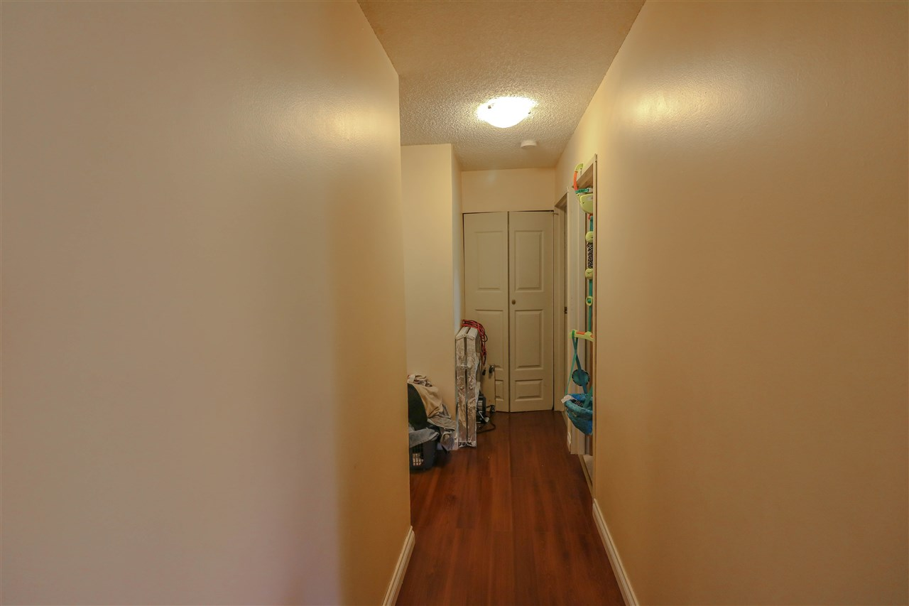Condo Apartment at 313 14925 100 AVENUE, Unit 313, North Surrey, British Columbia. Image 4