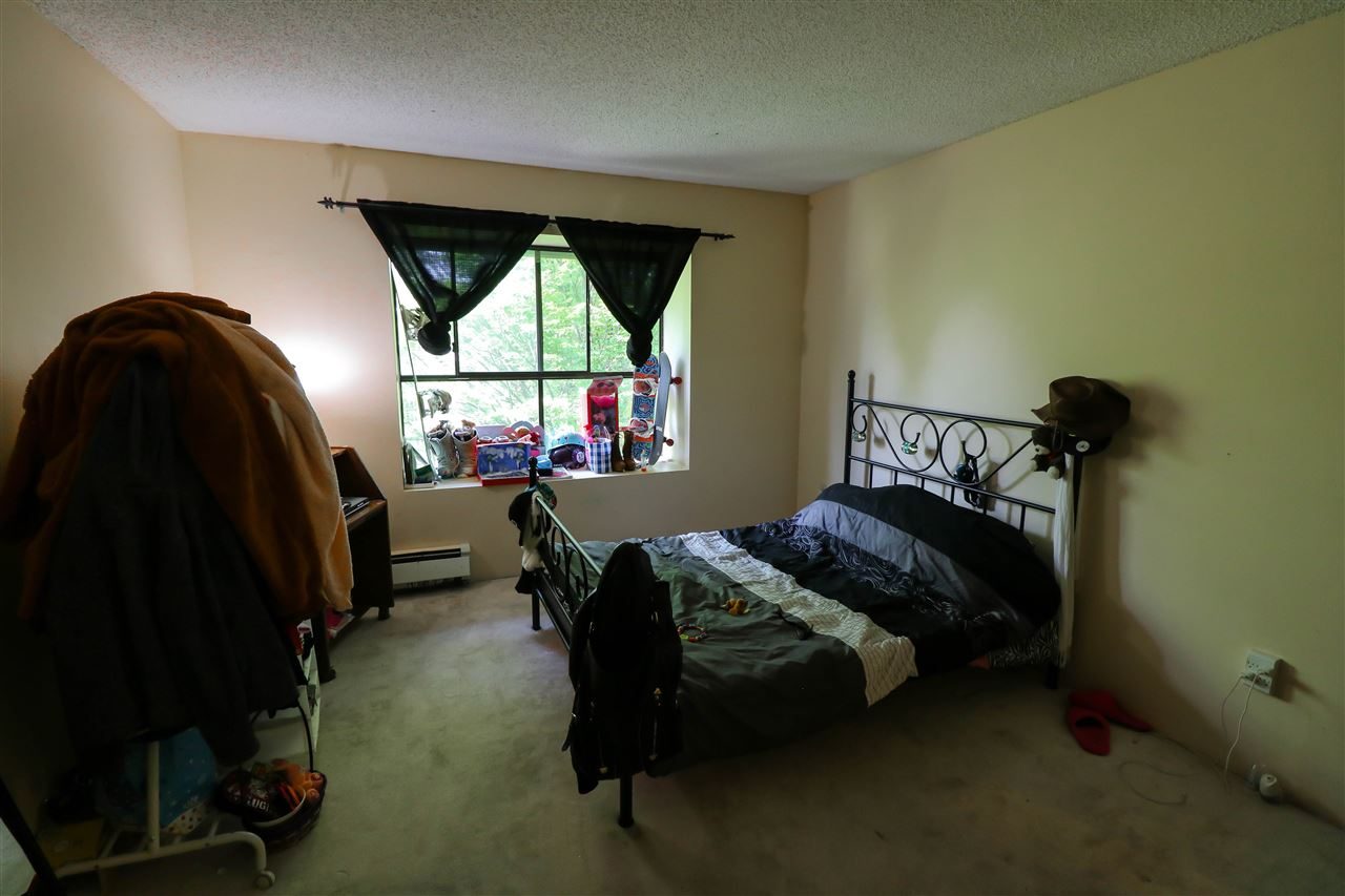 Condo Apartment at 313 14925 100 AVENUE, Unit 313, North Surrey, British Columbia. Image 8