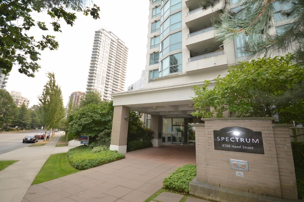 Condo Apartment at 401 4788 HAZEL STREET, Unit 401, Burnaby South, British Columbia. Image 1