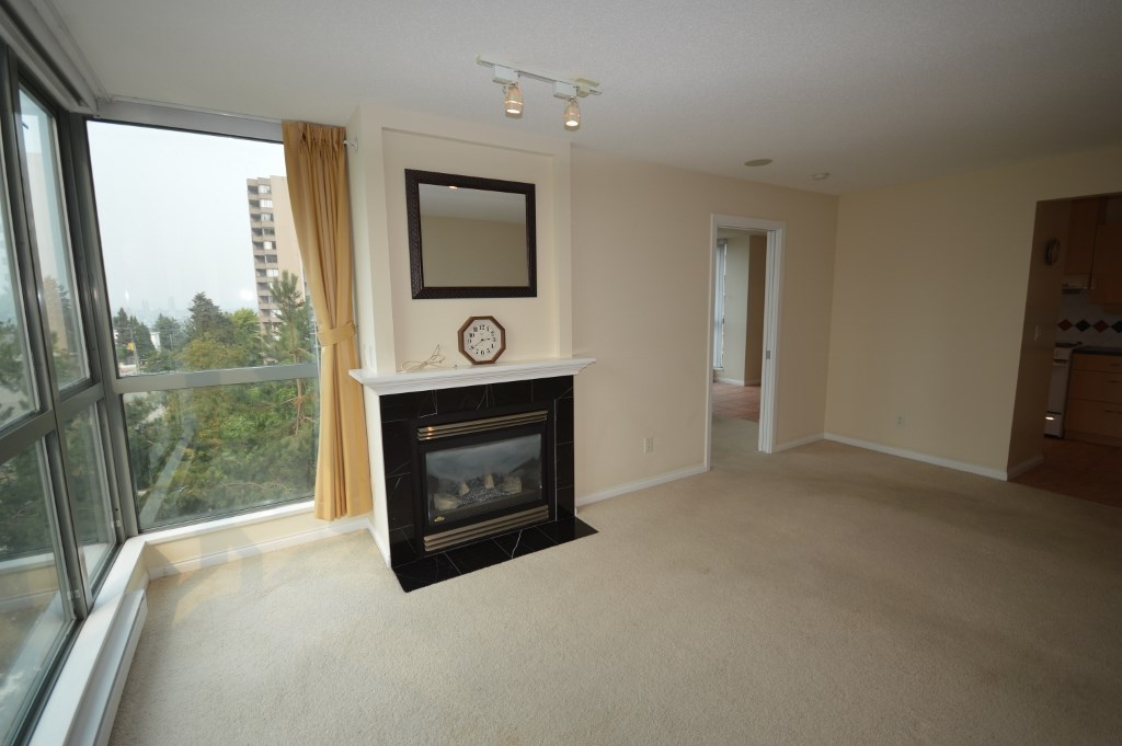Condo Apartment at 401 4788 HAZEL STREET, Unit 401, Burnaby South, British Columbia. Image 12