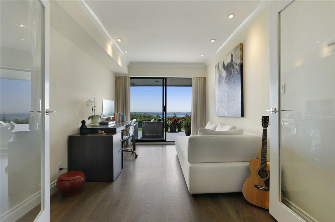 Condo Apartment at 12 2246 FOLKESTONE WAY, Unit 12, West Vancouver, British Columbia. Image 7