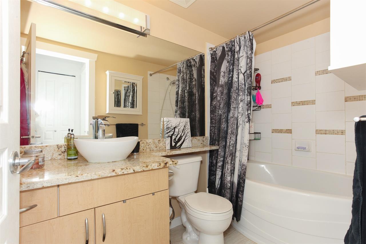 Condo Apartment at 105 2998 SILVER SPRINGS BLV, Unit 105, Coquitlam, British Columbia. Image 13