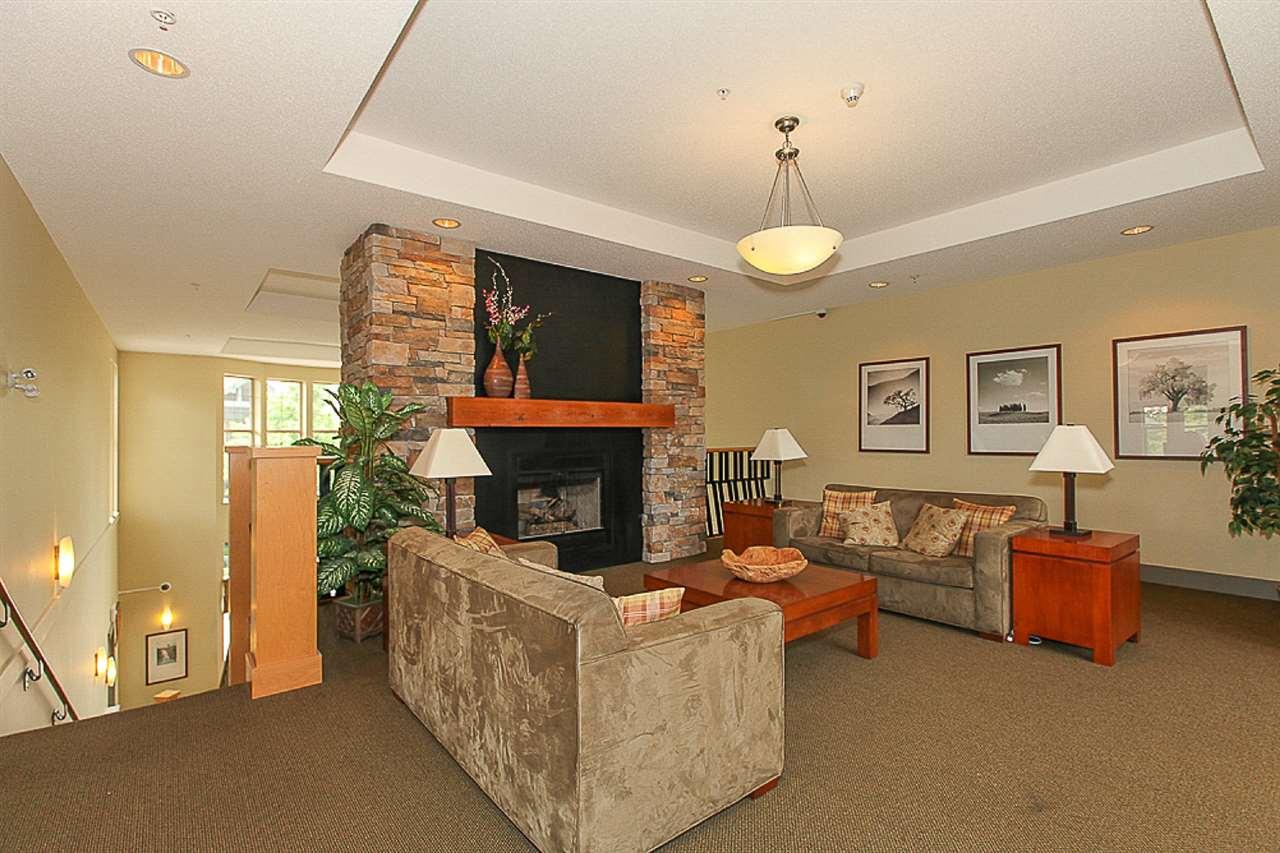 Condo Apartment at 105 2998 SILVER SPRINGS BLV, Unit 105, Coquitlam, British Columbia. Image 15