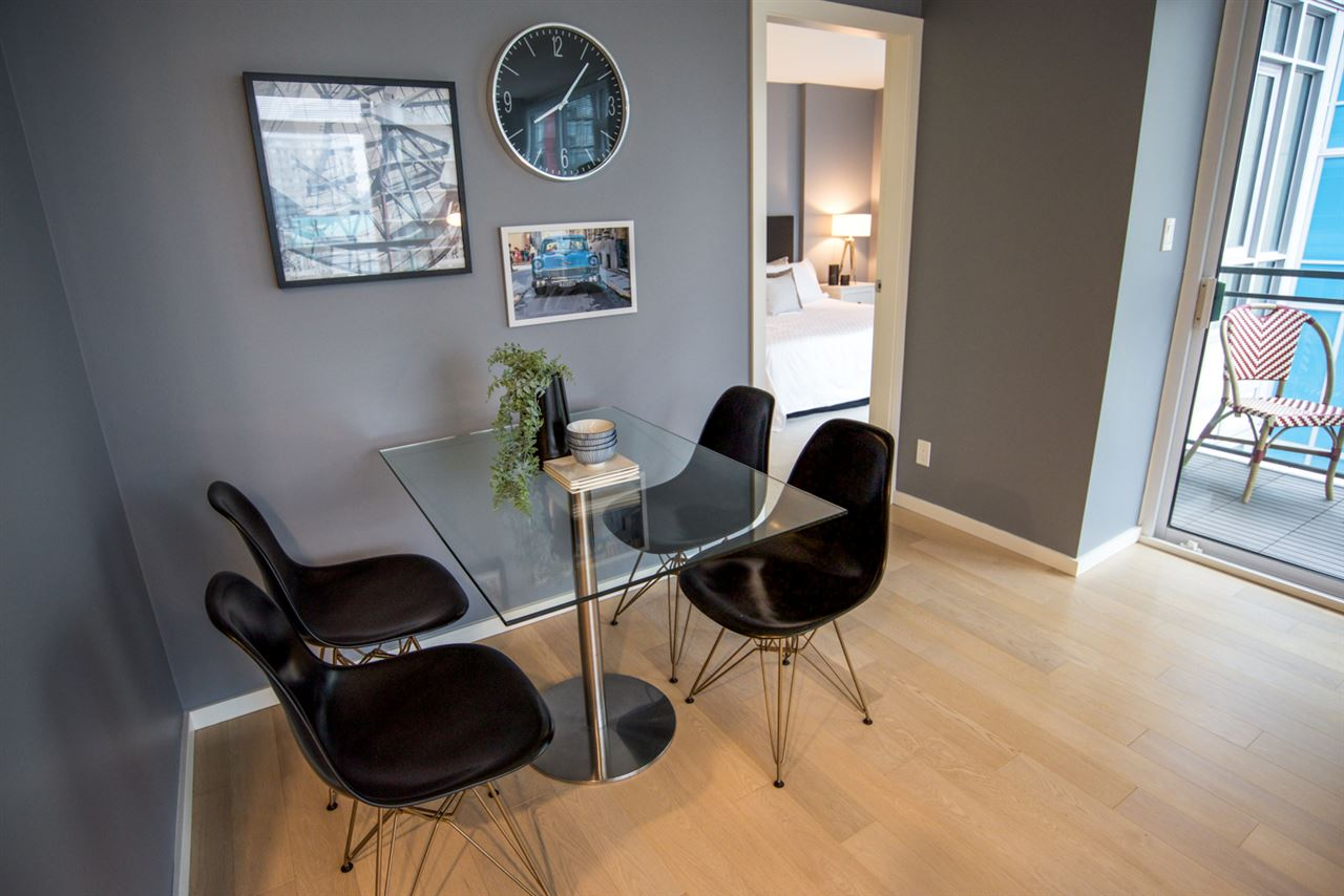 Condo Apartment at 707 89 W 2ND AVENUE, Unit 707, Vancouver West, British Columbia. Image 3