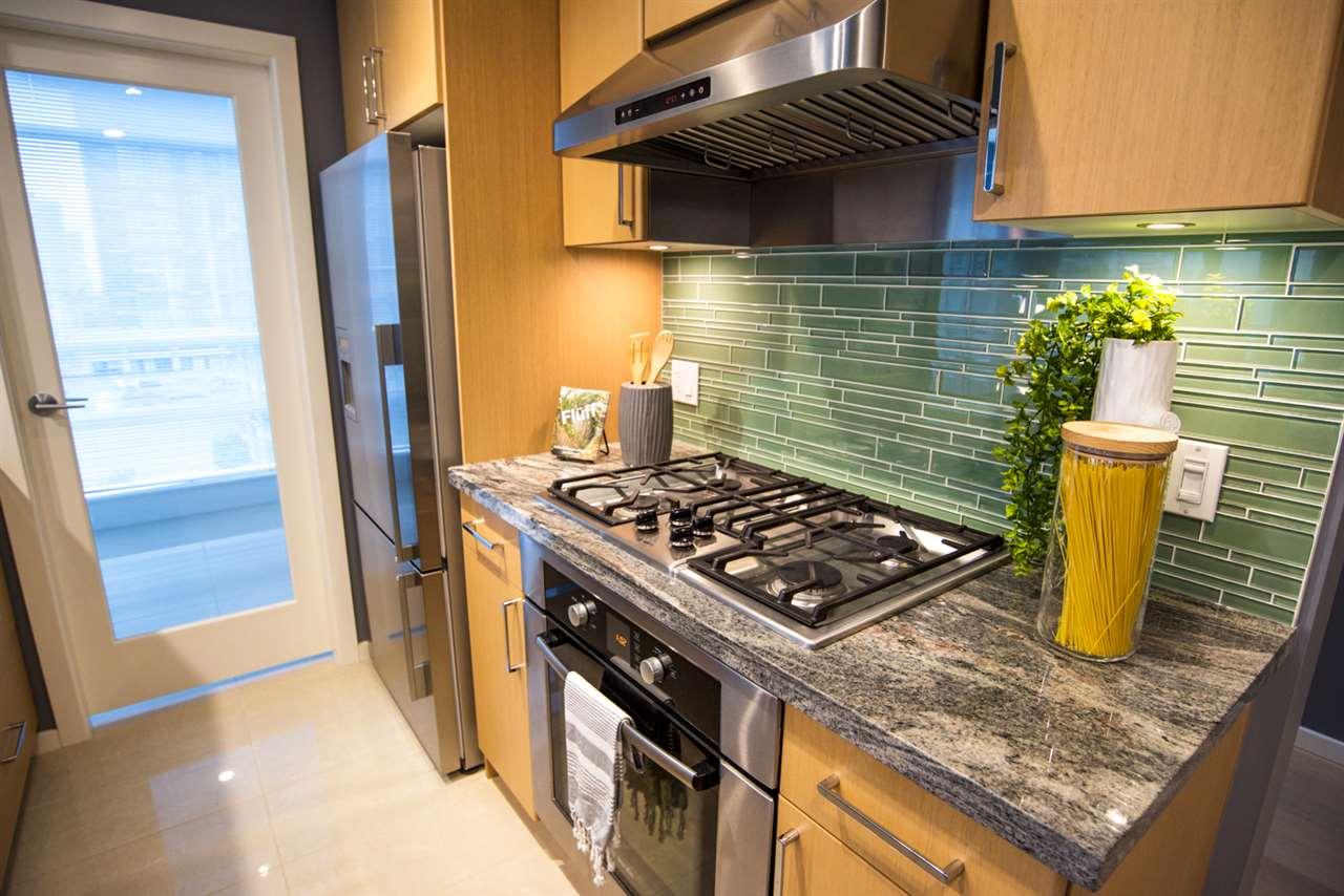 Condo Apartment at 707 89 W 2ND AVENUE, Unit 707, Vancouver West, British Columbia. Image 5